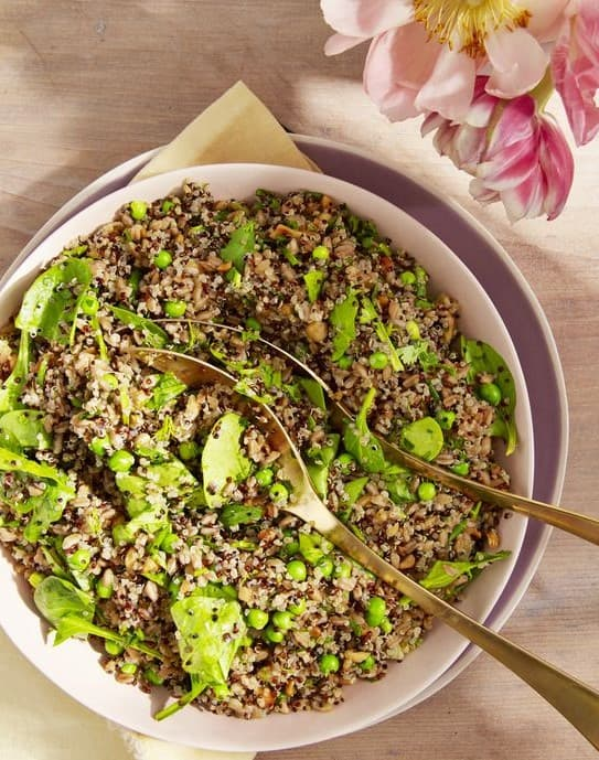 Farro and quinoa bowl
